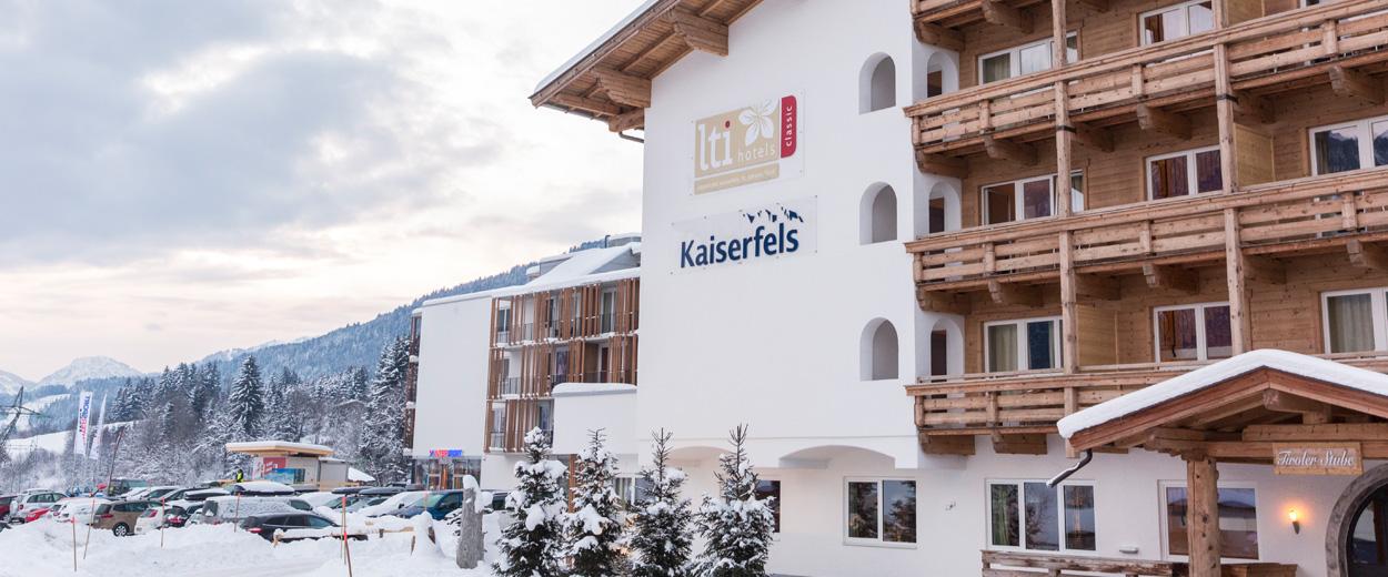 Fein Herrenhaus 12 Jahrhundert Modernen Hotel Ideen ...